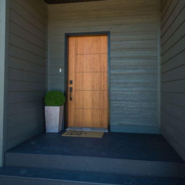 Bayer Built Fiberglass front door