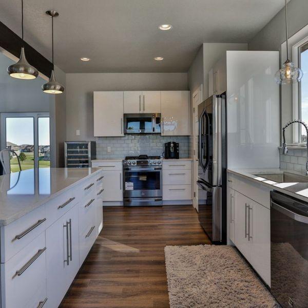 Moda Stone Countertops & Woodland Cabinetry